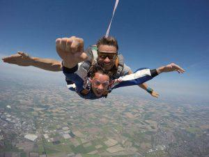 parachutespringen breda internationl airport